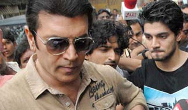 Pancholis file Rs 100 cr. defamation suit against Jiah Khan's mother.