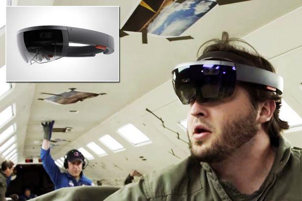 Microsoft HoloLens Gadget  Review
