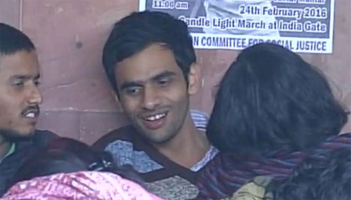 JNU, LIVE: Accused students refuse to surrender; teachers demand dropping of sedition charge