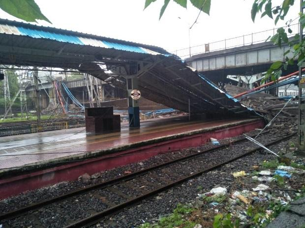 Letter to BS: Bridge near Andheri collapses due to heavy rainfall