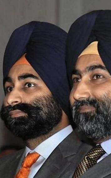 Supreme Court pulls up Singh brothers, Fortis and Indiabulls for contempt